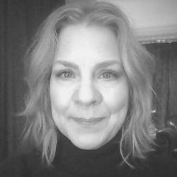 Angela Linder